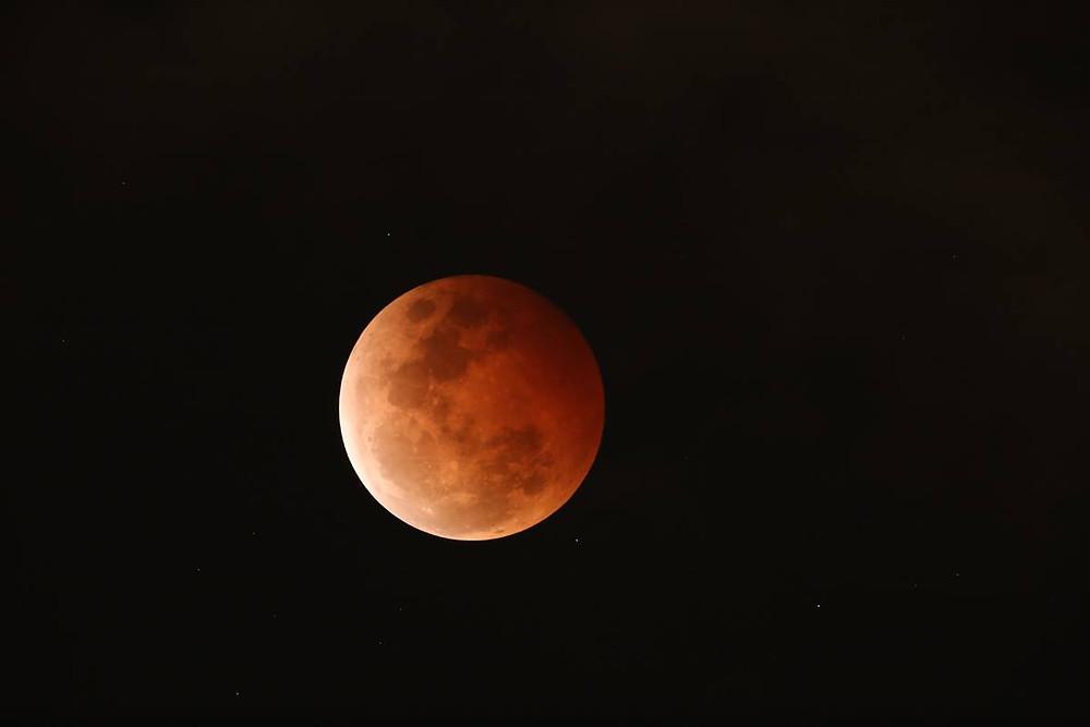 Eclipsed moon by Geoff Wyatt