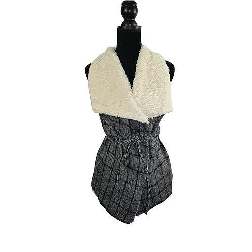 black plaid open vest with faux fur, pockets, and waist belt