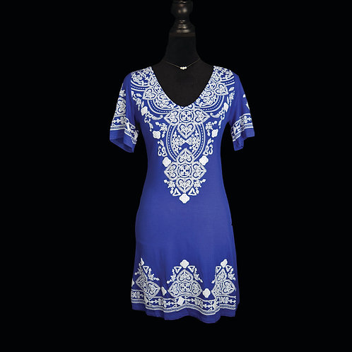 blue short sleeve dress w/ faux embroidered design
