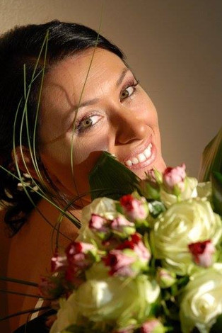 Bright bride in pink