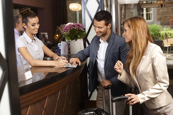 Recepcionista-de-Hotel.jpg