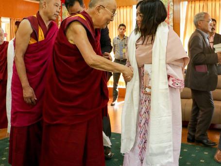 Gracias @caracolradio por la nota sobre nuestra directora Tania Rosas con el Dalai Lama