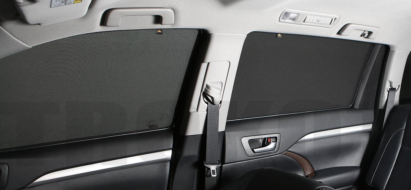 Toyota Highlander интерьер с установленными экранами Трокот