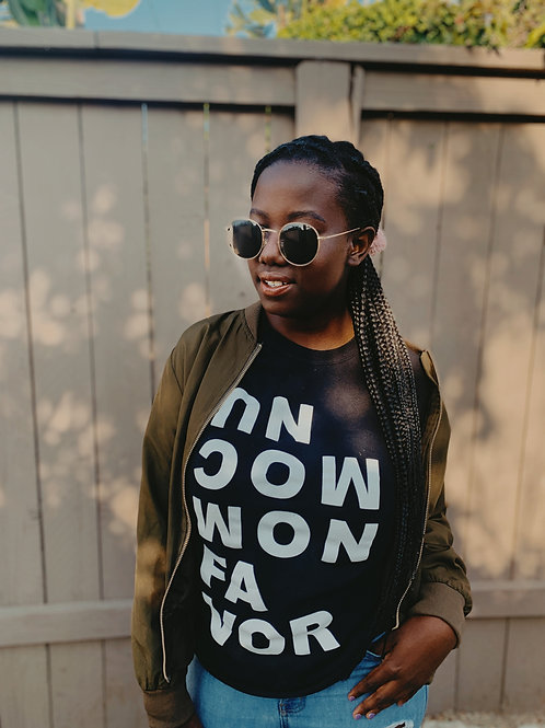 """""""Uncommon Favor"""" Unisex T-Shirt"""