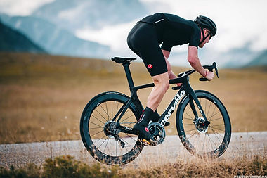 2019-Cervelo-S5_fully-integrated-carbon-