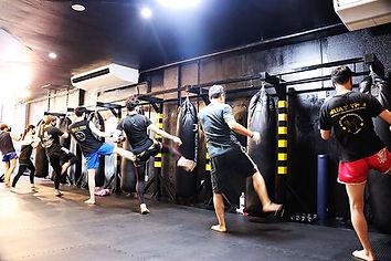 ムエタイ キックボクシング  ダイエットフィットネス 格闘技  針中野ジム  大