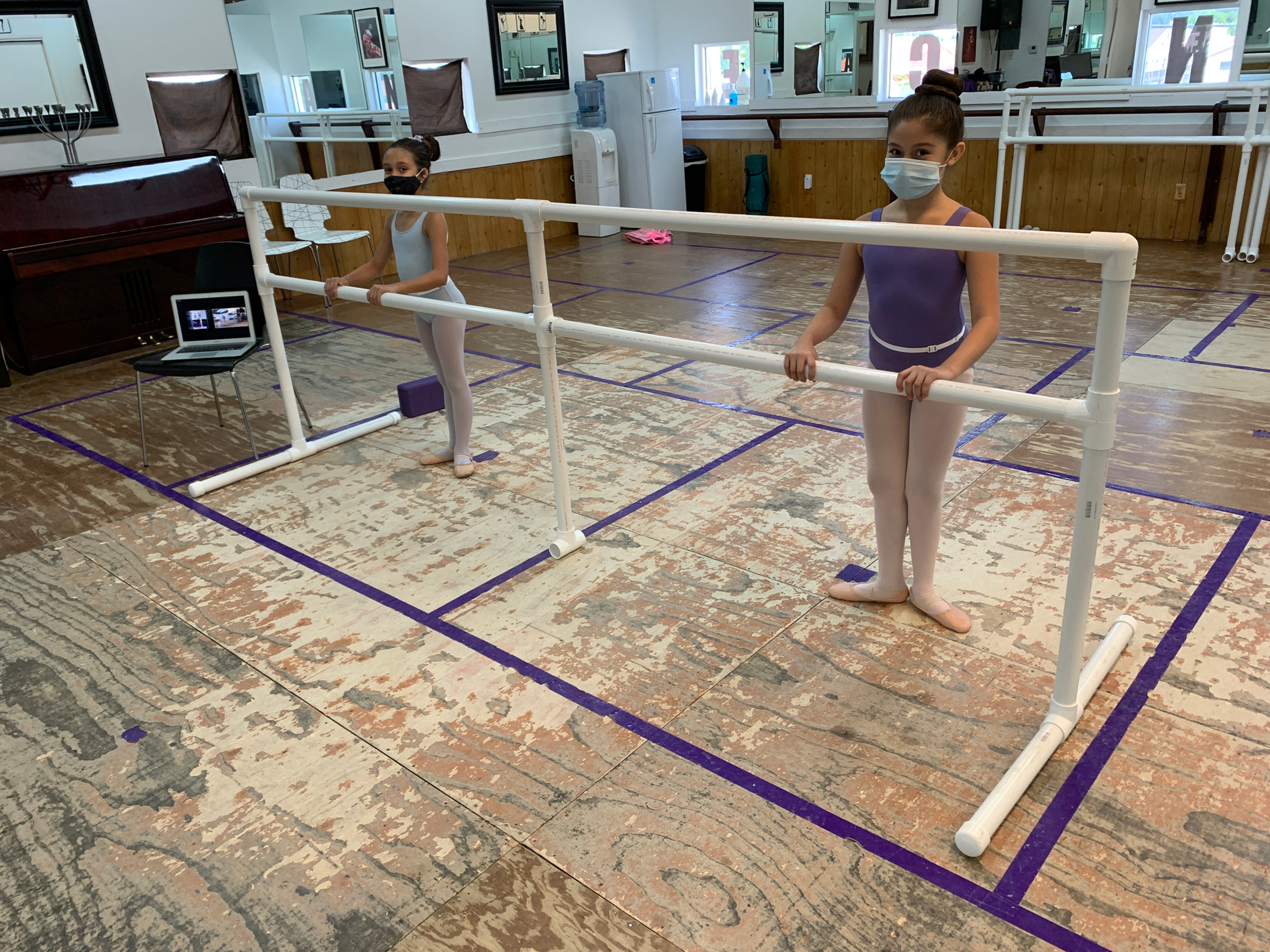 Level 1 Ballet - In Person (Ages 7+)