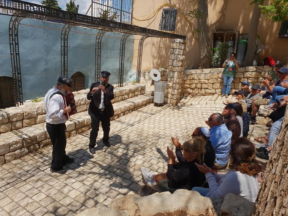 Hasidic Music players