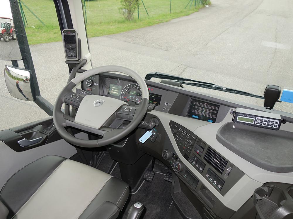 Volvo FH 500 I-Shift Dual Clutch Fahrerhaus