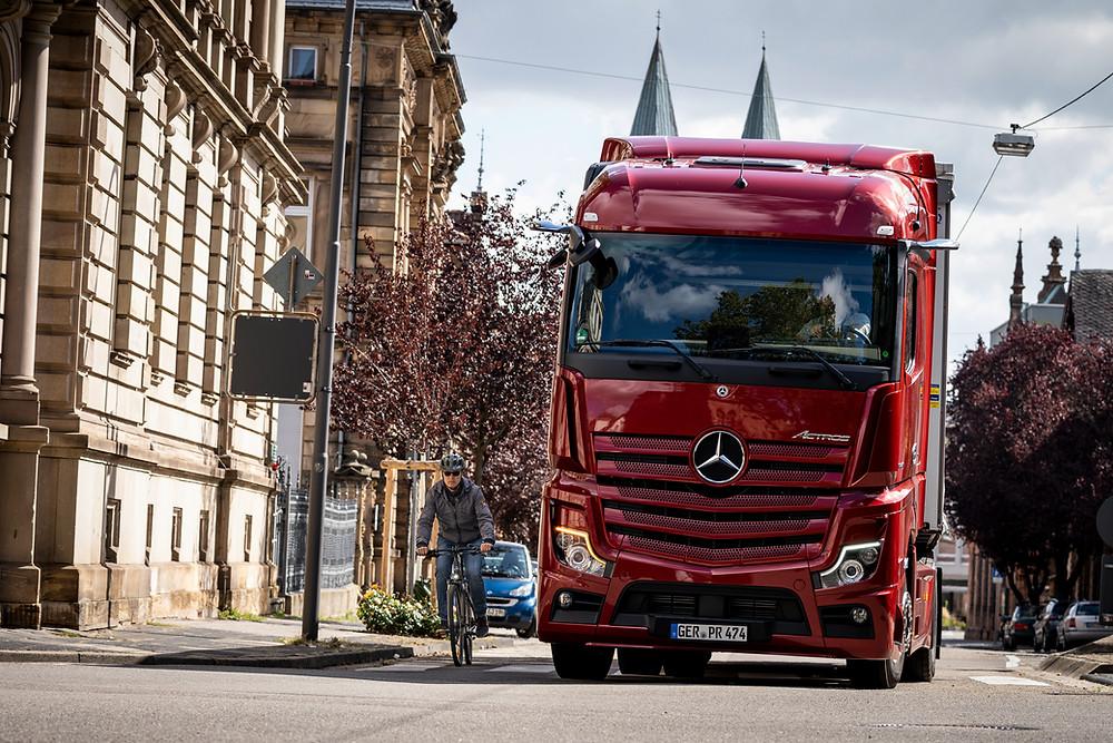 Mercedes-Benz Actros MirrorCam