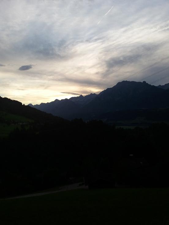 Wanderung Weerberg Karwendel Tirol Abenddämmerung
