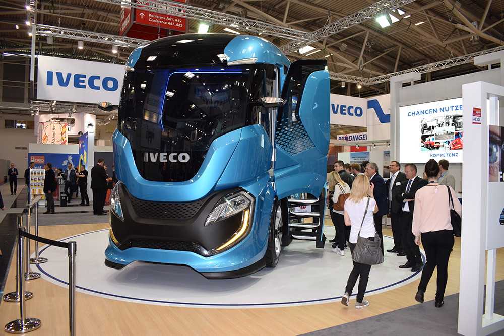 transport logistic Iveco Z Truck