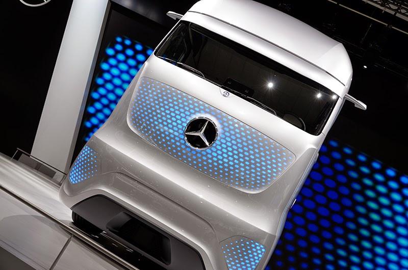 mercedes-benz future truck