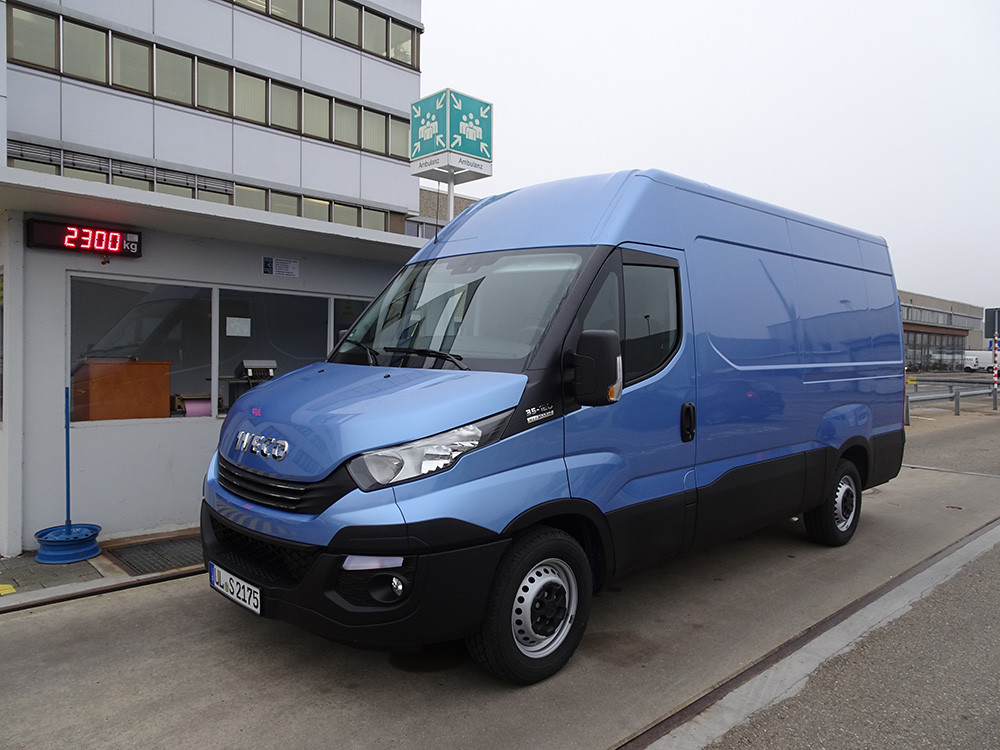 Iveco Daily 35 S 12 Waage