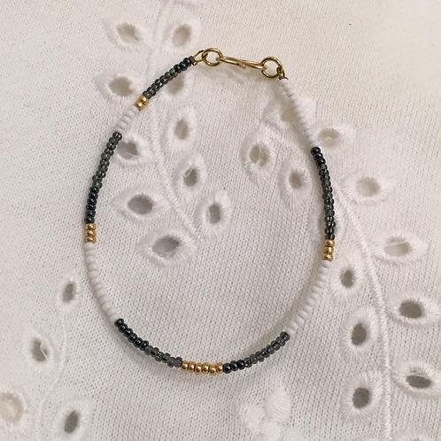 White, grey & gold bracelet single string