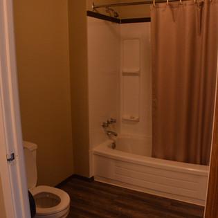 CL101 Bathroom.JPG
