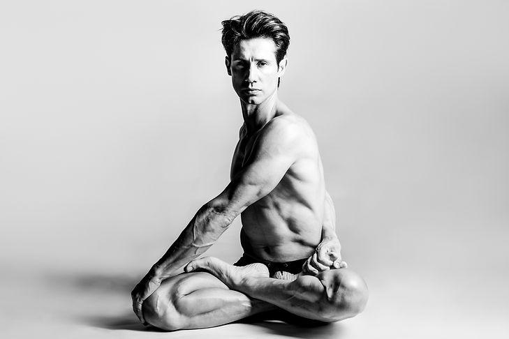Luis Castro. Pure Life Yoga.jpg