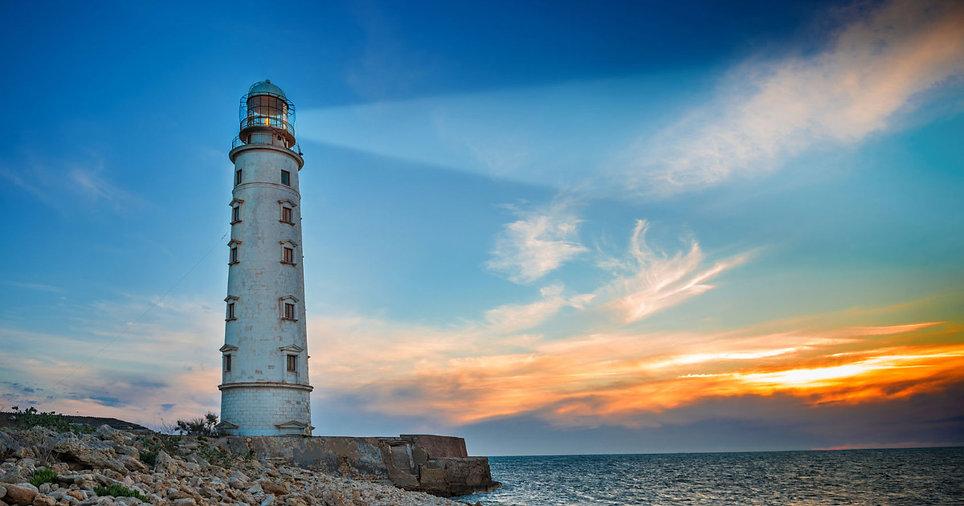 lighthouse_sunset_1200x630 (1).jpg