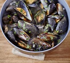 mussels-white-wine-parsley.jpg