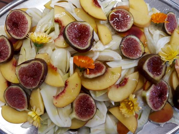 Fruchtige Salatkreation