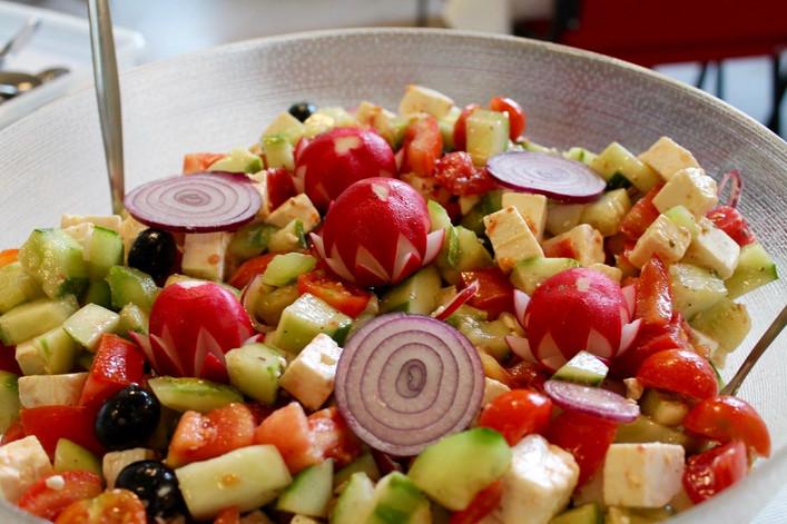 Gluschtiger griechischer Salat