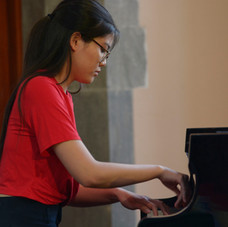 Antonia Huang played Une Barque Sur l'Océan by Ravel