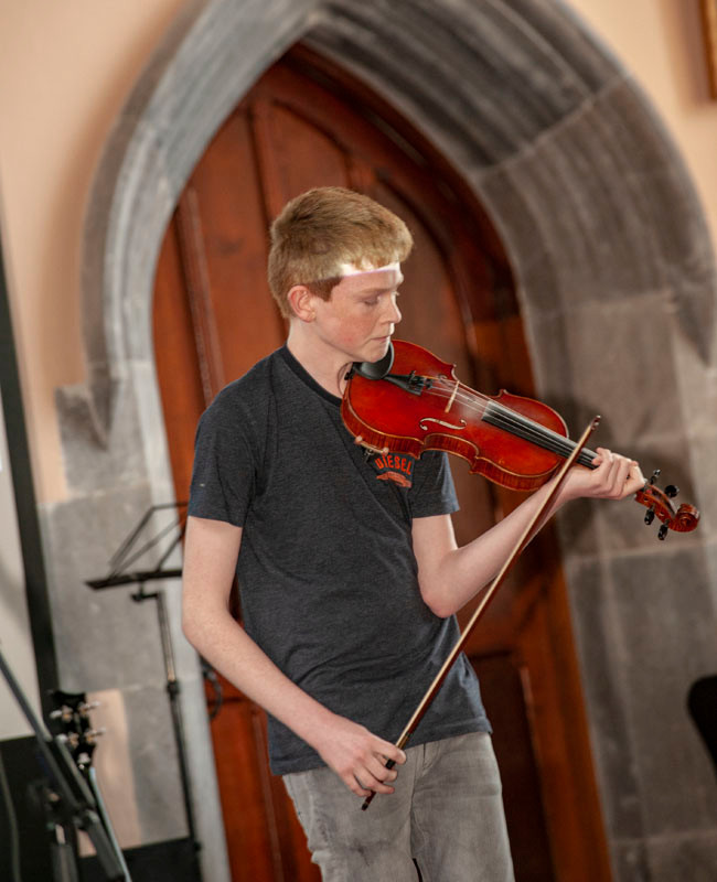 Archie Connolly plays Bach Allemanda from Partita no  2