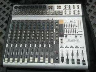 Phonic am844D Mixer.jpg