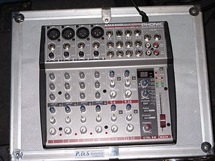 Phonic-AM4400-Mixer- 4 Channel