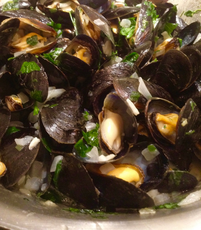 Mussels in Ale  - A Recipe From the 'Unofficial Poldark Cookbook'
