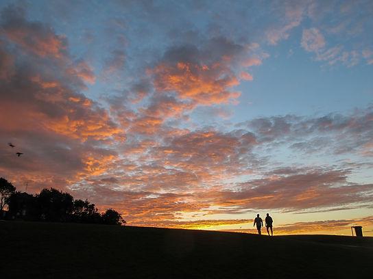 sunrise on the bondi to bronte walk
