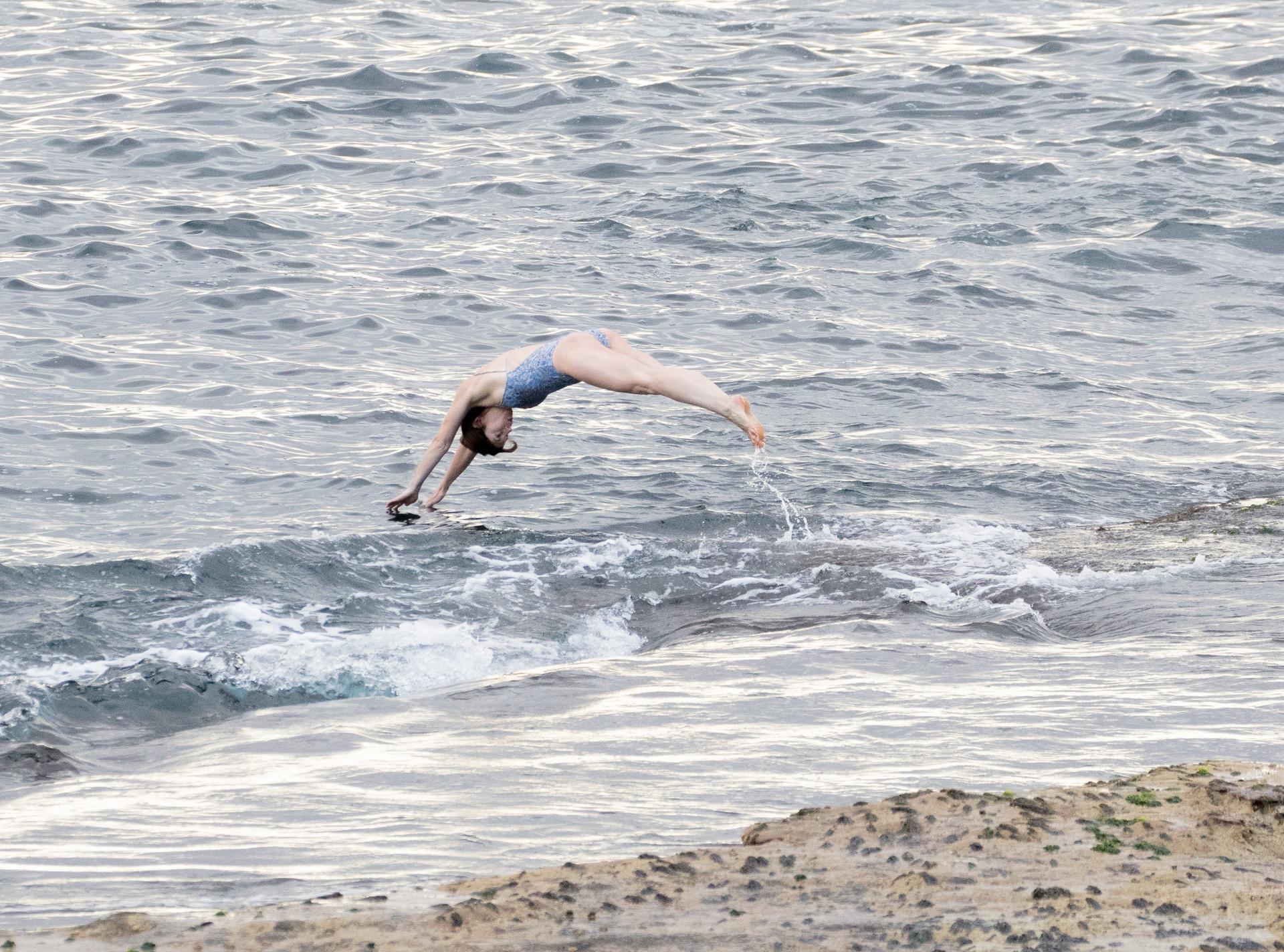 dive into the sea at Bondi