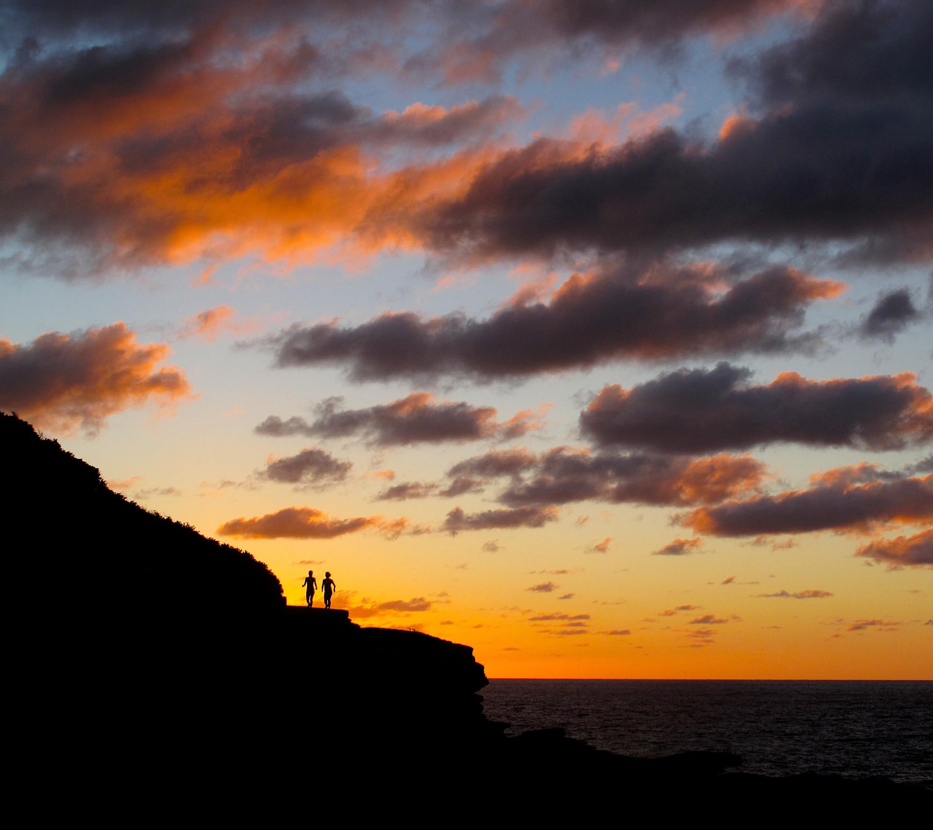sunrise walking to Bronte