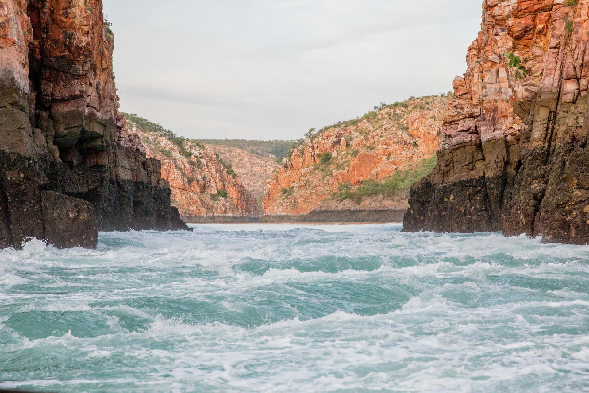 tidal flow, horizontal falls.