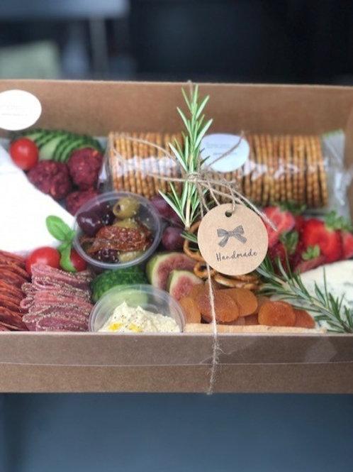Mediterranean sharing box for 2