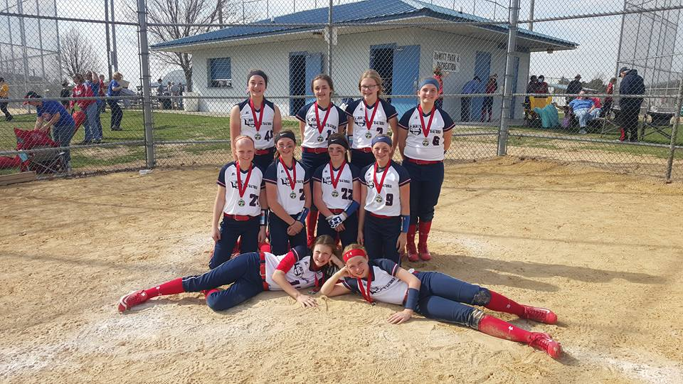 04 Lady Hitmen 2017 North Scott Spring Swing 12u Gold Bracket Champions