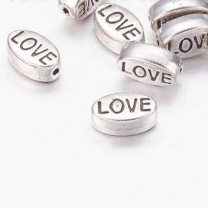 חרוז LOVE כסוף