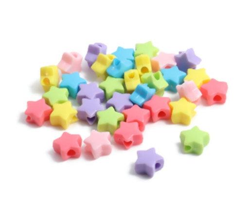 חמישים חרוזי פלסטיק כוכבים צבעוניים