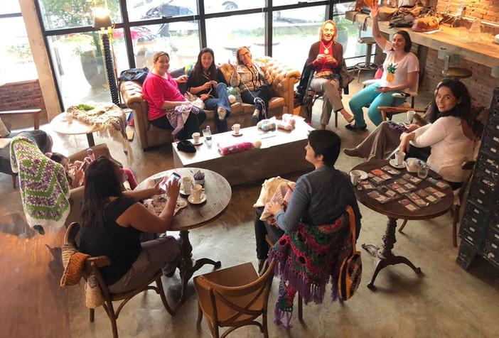 Crochê: uma tarde de amor e solidariedade
