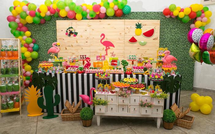 Festa Tropical: Lia fez 1 ano