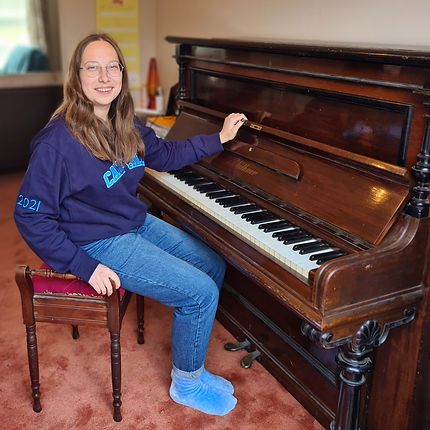 Elizabeth Varaksina.jpg
