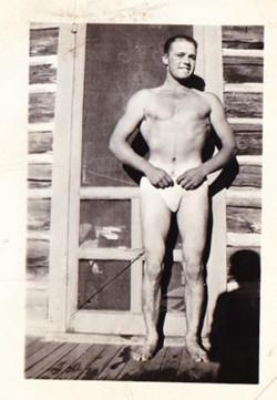 Bob Tomingas swim suit