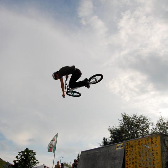 Philip Freybolt Air | 2009
