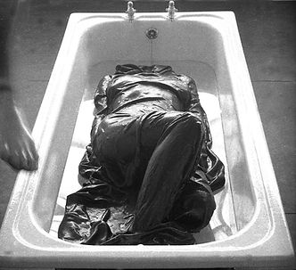 13_1969_Bride-In-Bath_02.jpg