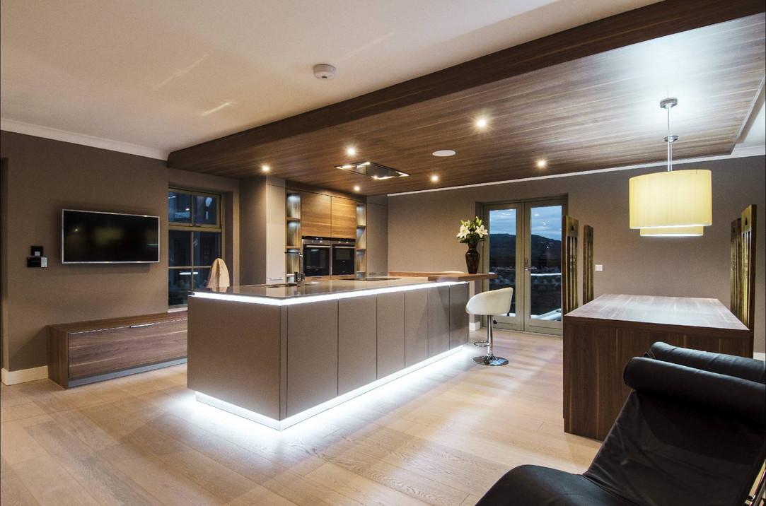 kitchen1-1-2000x1324.jpg