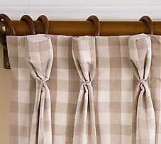 Curtain goblet pleat