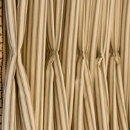 8. 201118-232 Kitchen curtains top detai