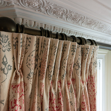 3. 2010275 Living room curtains top.jpg