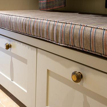 9. 201118-312 Bench cushion.jpg