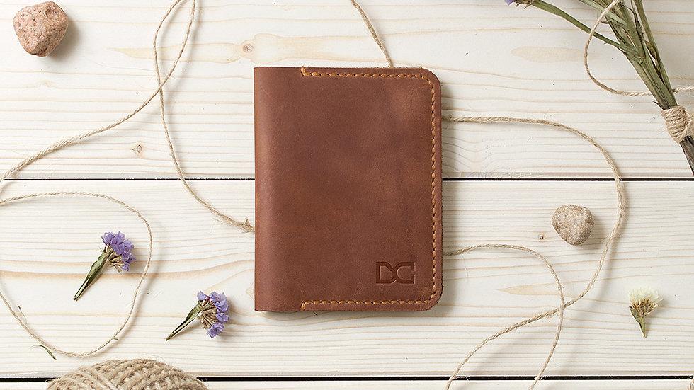 Складной светло-коричневый кошелек-книжка для карт и купюр